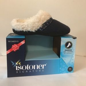 Isotoner Women Slippers Enhanced Heel Cushion 7-8